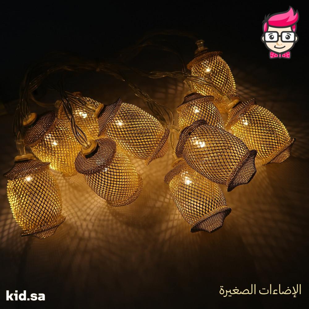 إضاءة فوانيس زينة رمضان