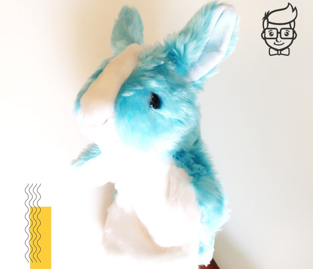 لعبة الأرنب الأزرق من هدايا عيد الفطر