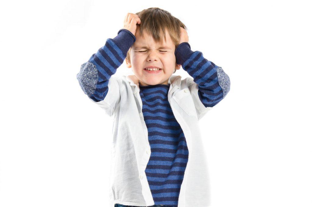 علاج العناد عند الأطفال